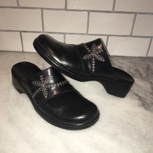 CLARKS Black Leather Mule Shoe Embroidered 8.5